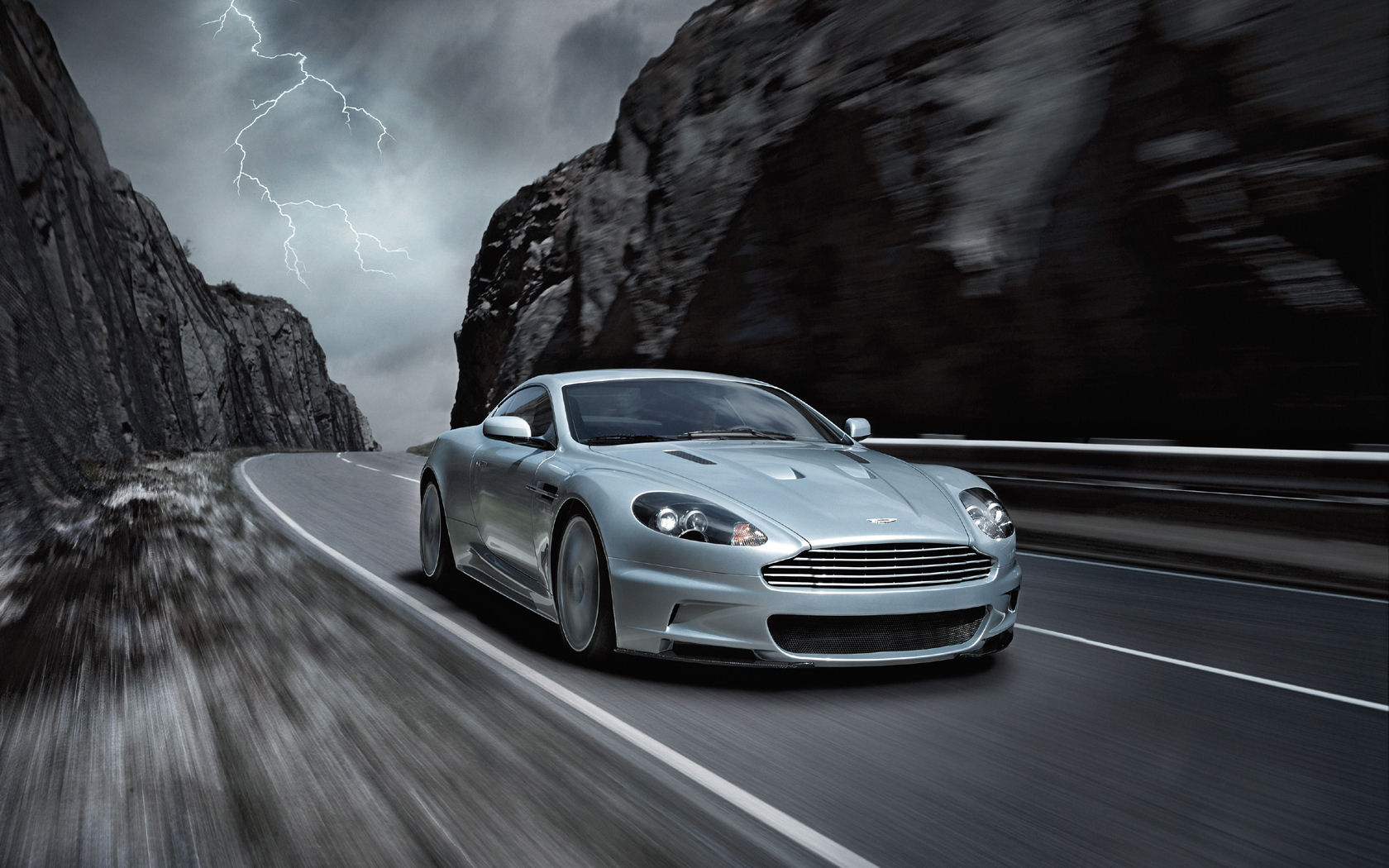aston martin dbs v12 wallpaper - photo #5