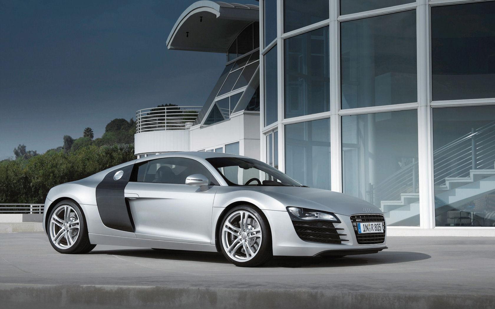 Audi R8 Desktop Wallpaper