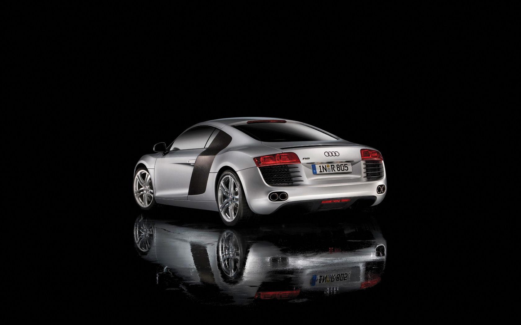 Audi R8 V8 V10 Quattro R Tronic Free Widescreen Wallpaper