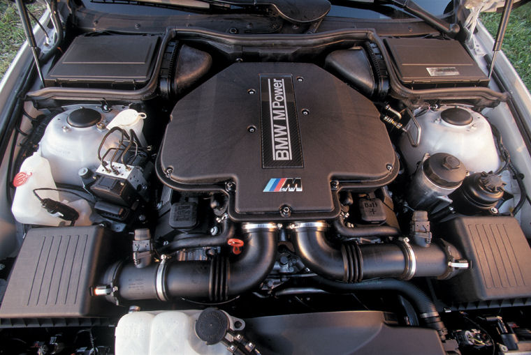 2001 BMW M5 5.0L V8 Engine - Picture / Pic / Image
