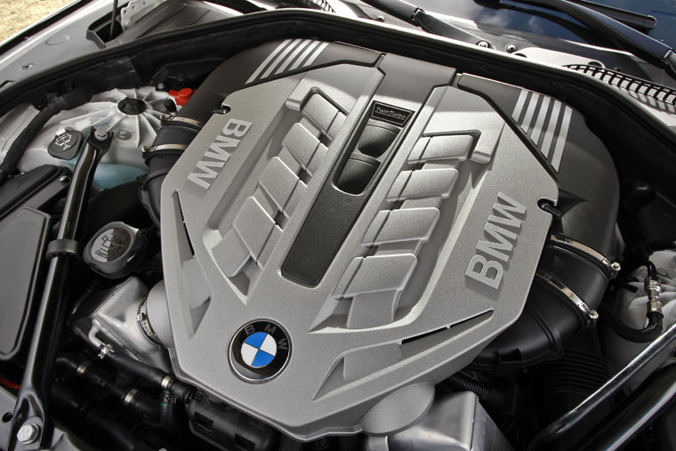 2010 BMW 750Li 44L V8 Twin Turbocharged Engine