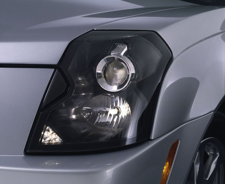 2004 Cadillac Cts Headlight Picture Pic Image