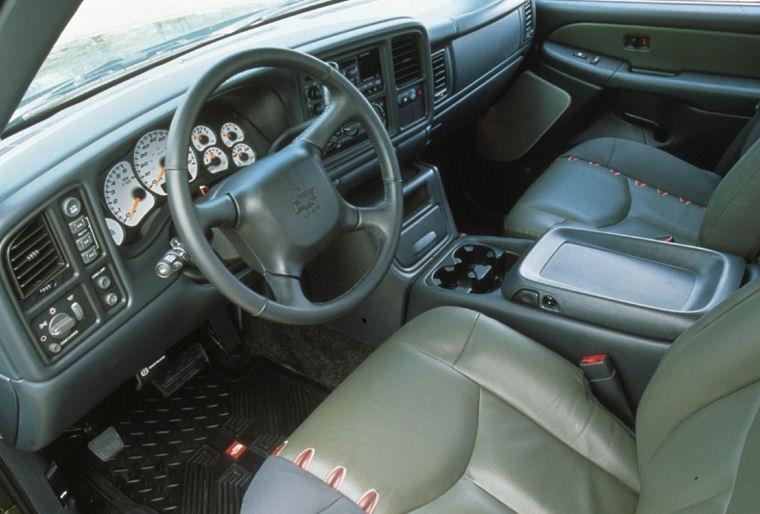 2004 Chevrolet Avalanche Interior - Picture / Pic / Image
