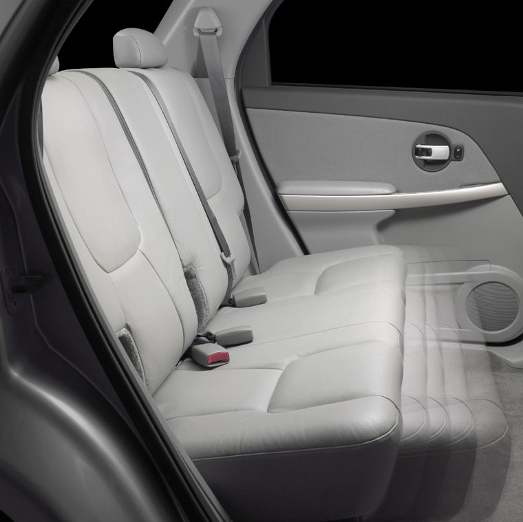 2006 chevrolet equinox rear seats picture pic image. Black Bedroom Furniture Sets. Home Design Ideas