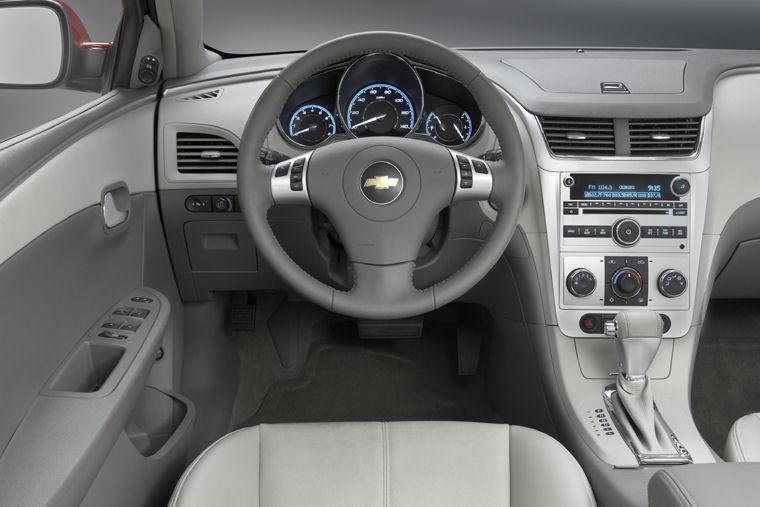 2008 Chevrolet Chevy Malibu Hybrid Pit Picture