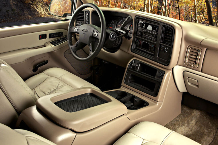 Superb 2004 Chevrolet Silverado 1500 Interior Picture Photo