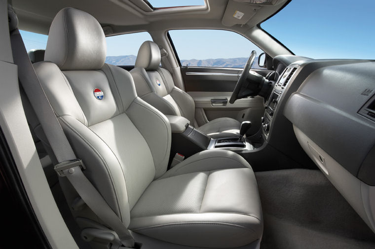 2007 Chrysler 300C Interior - Picture / Pic / Image