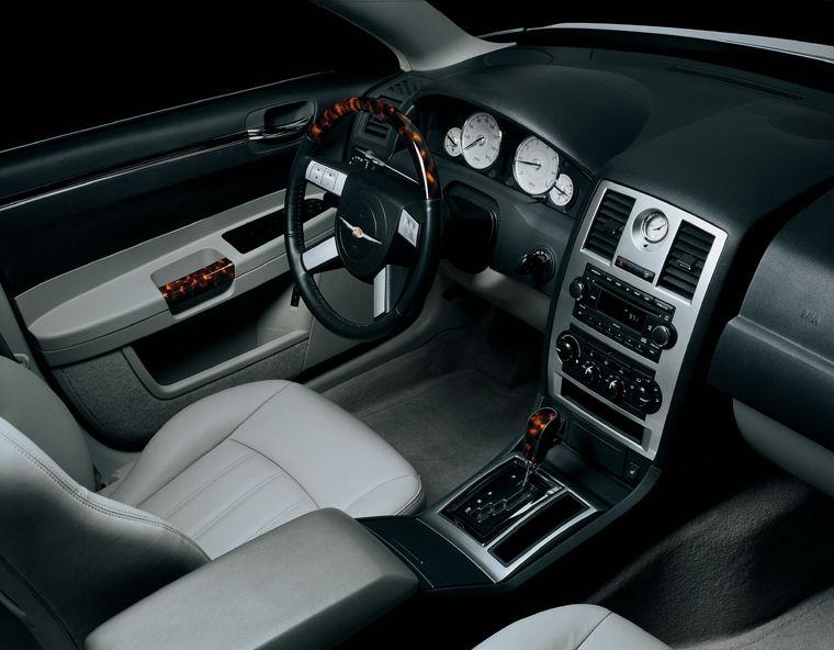 2010 Chrysler 300C Interior - Picture / Pic / Image