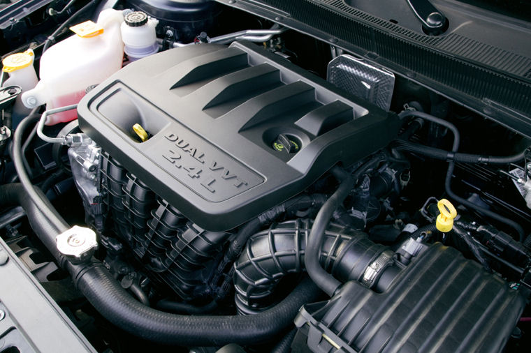 2009       Chrysler       Sebring    Limited Sedan 24L 4cylinder    Engine