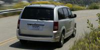 2009 Chrysler Town & Country Pictures