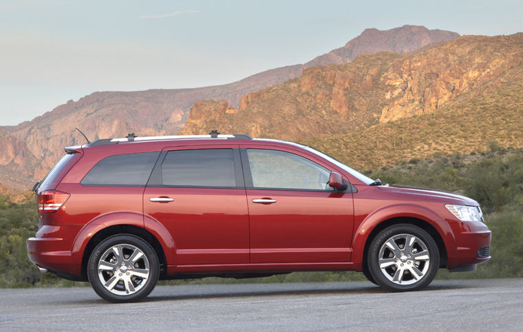 2010 dodge journey r t picture pic image. Black Bedroom Furniture Sets. Home Design Ideas