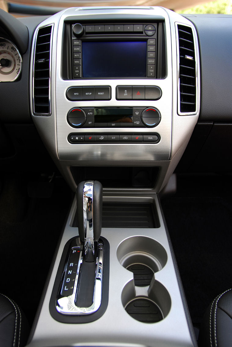 2009 ford edge center console picture
