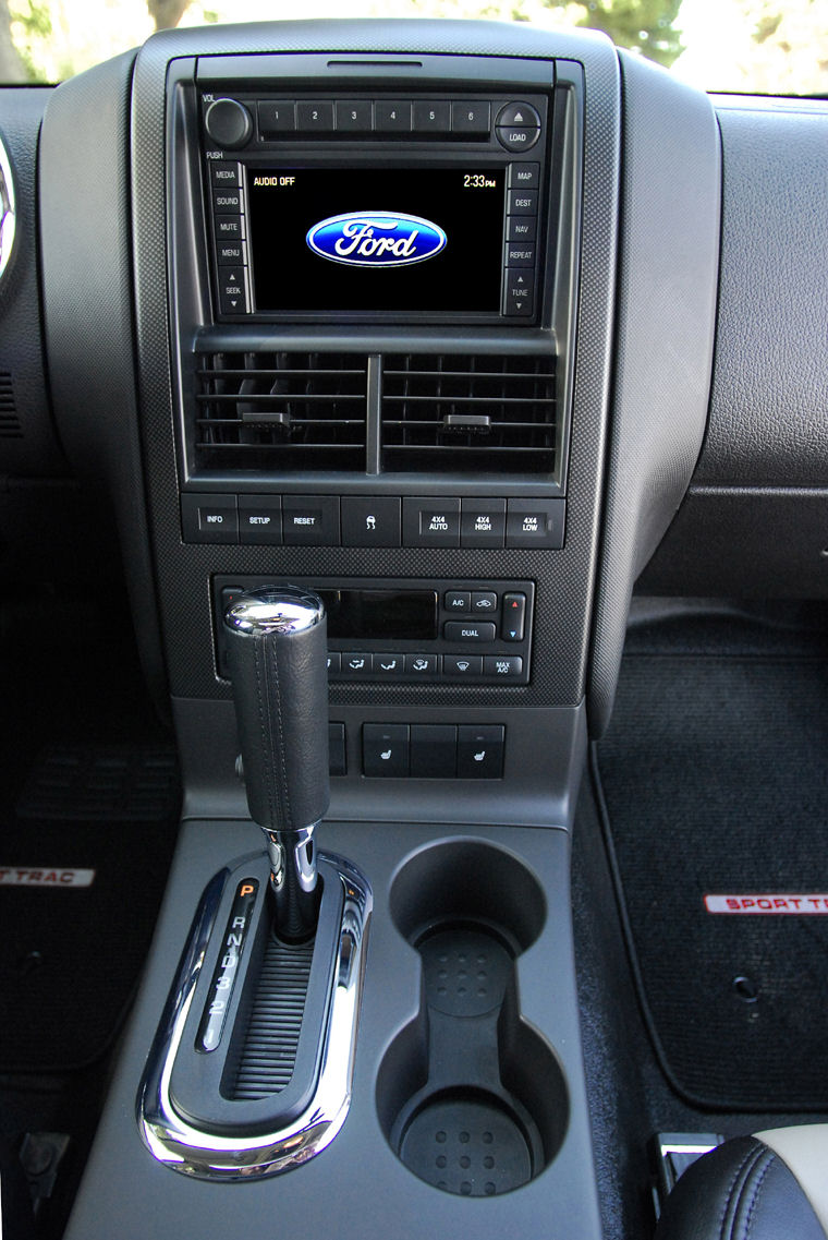 2008 ford explorer sport trac center stack picture