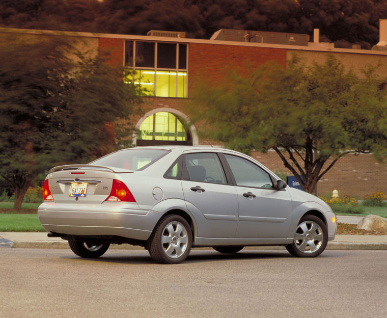 2004 Ford Focus Sedan Zts Picture Pic Image