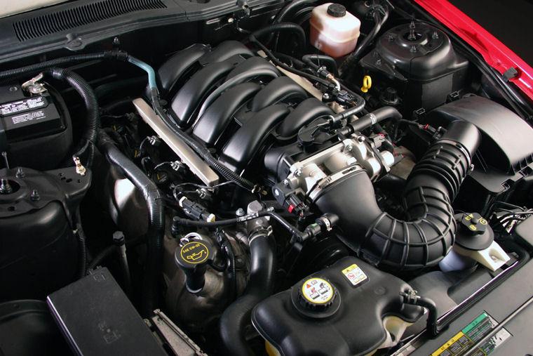 2007 ford mustang gt 4 6l v8 engine picture pic image. Black Bedroom Furniture Sets. Home Design Ideas