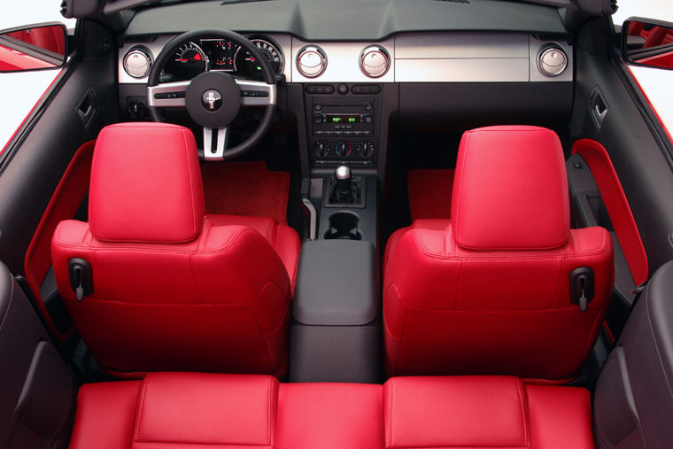 Great 2007 Ford Mustang GT Convertible Interior Picture