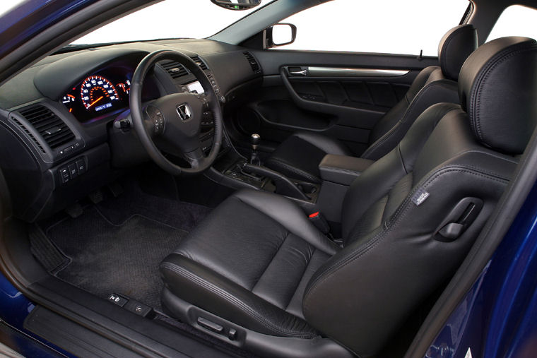 2005 Honda Accord Interior Picture