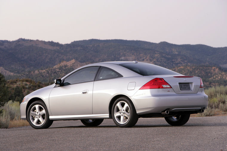 2006 Honda Accord Coupe - Picture / Pic / Image