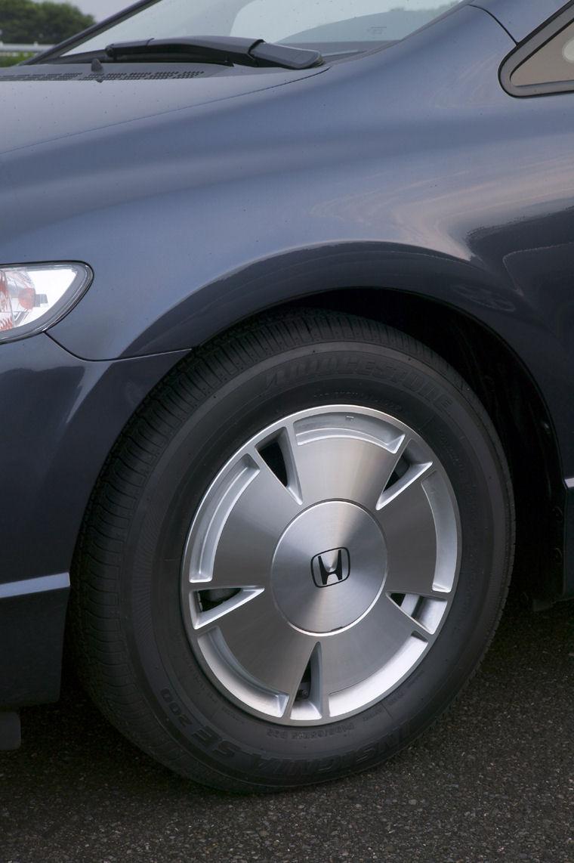 2006 Honda Civic Hybrid Rim Picture