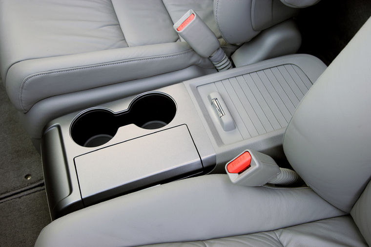 Kia Performance Center >> 2008 Honda CR-V EX-L Center Console - Picture / Pic / Image
