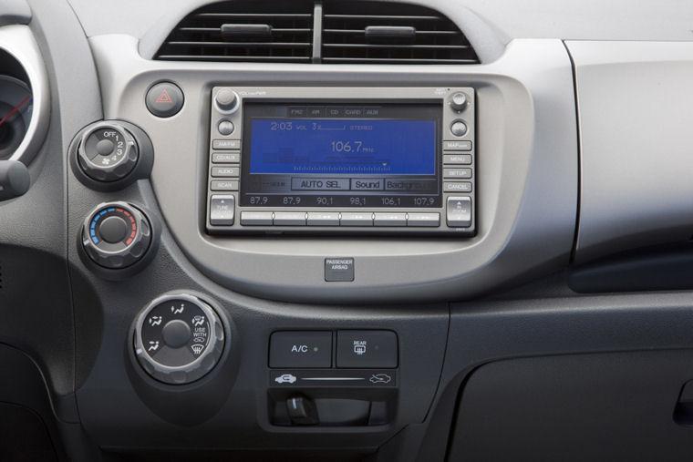 2009 Honda Fit Sport Radio Picture Pic Image