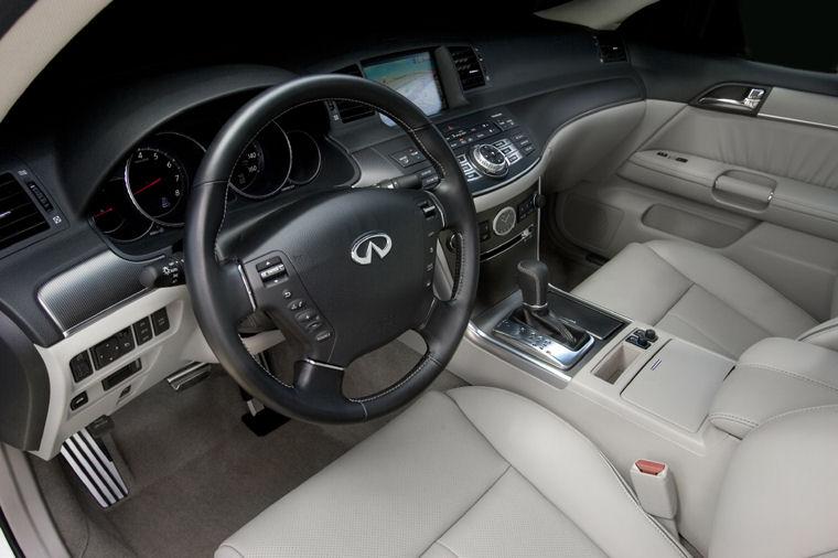 2010 Infiniti M45 Interior Picture