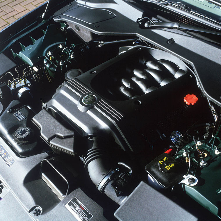 2004 Jaguar XJ8 4.2L V8 Engine