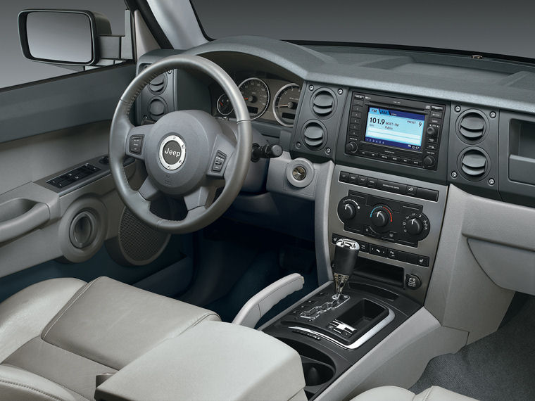 2010 jeep commander 4wd interior picture pic image. Black Bedroom Furniture Sets. Home Design Ideas