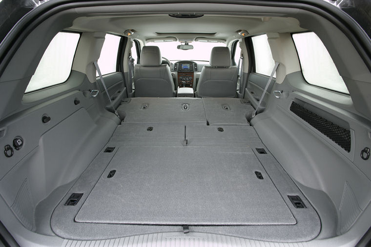 2005 jeep grand cherokee trunk picture pic image. Black Bedroom Furniture Sets. Home Design Ideas