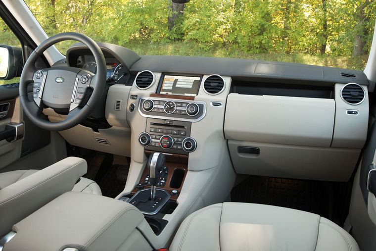 Lovely 2010 Land Rover LR4 Interior Picture