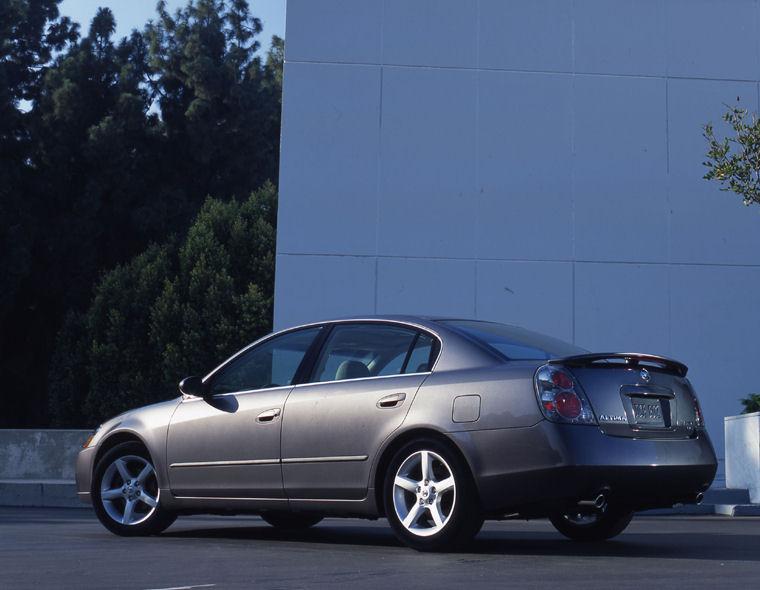 2005 Nissan Altima 3 5 Se Picture Pic Image