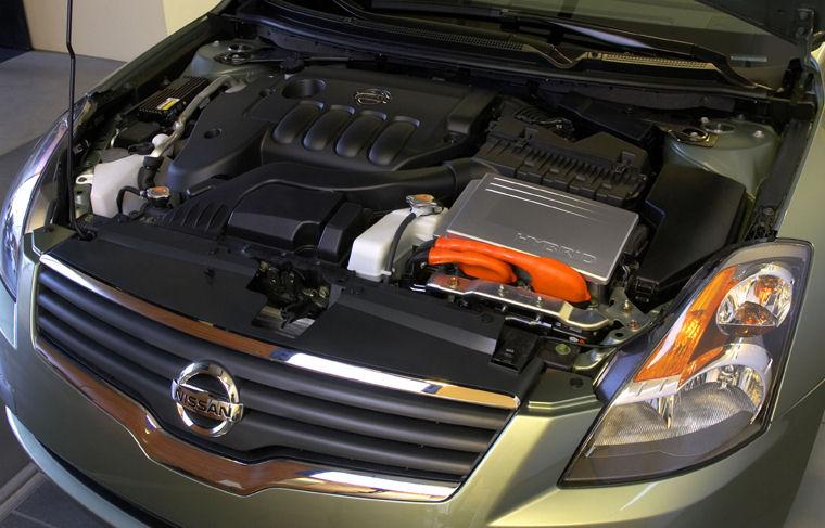 2008 Nissan Altima 25L 4 Cylinder Hybrid Engine Picture