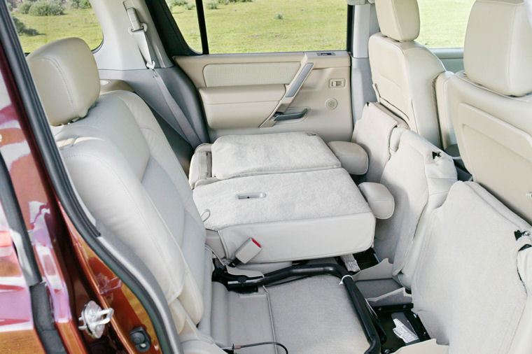 2004 Nissan Pathfinder Armada Rear Seats Picture Pic Image