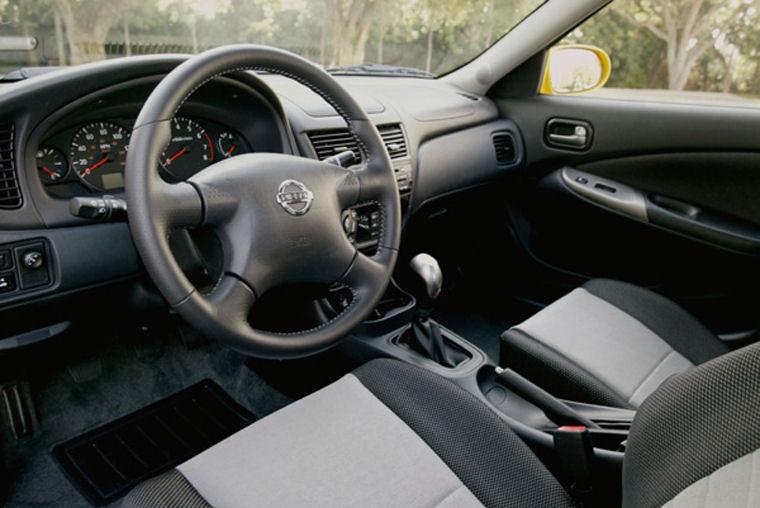 2004 Nissan Sentra SE-R Spec-V Interior - Picture / Pic ...