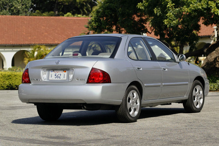 Awesome 2004 Nissan Sentra 1.8S Picture
