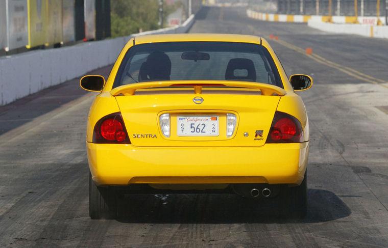 2004 Nissan Sentra SE R Spec V Picture