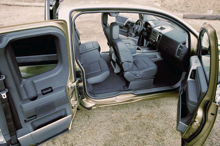 2004 Nissan Titan King Cab Interior Picture