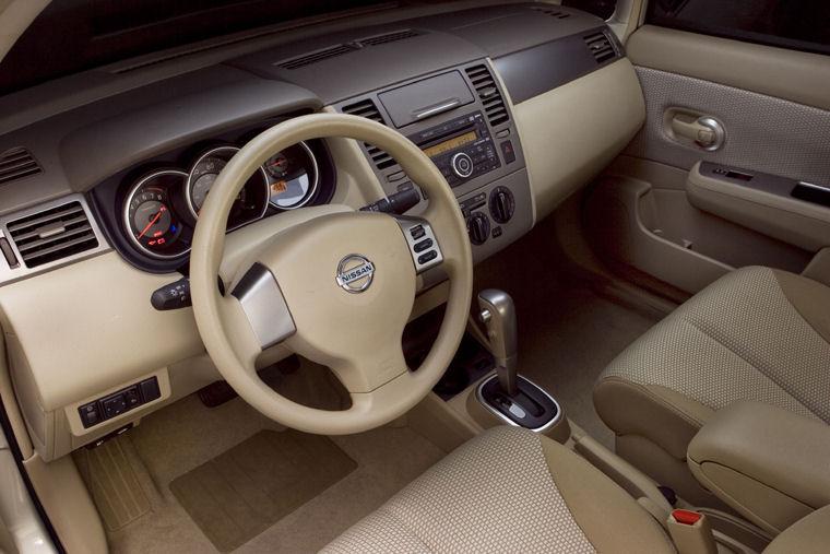 2008 Nissan Versa Sedan Interior Picture Pic Image