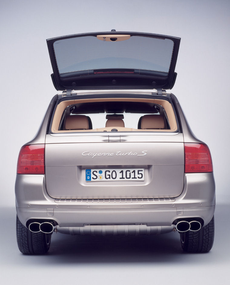 2006 porsche cayenne turbo s liftgate window picture pic image. Black Bedroom Furniture Sets. Home Design Ideas
