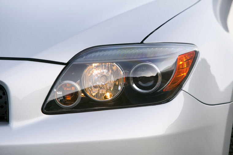scion tc headlight bulb