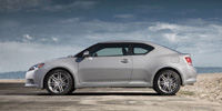 Scion tC Reviews / Specs / Pictures