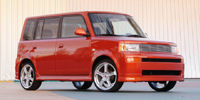 2004 Scion xB Reviews / Specs / Pictures