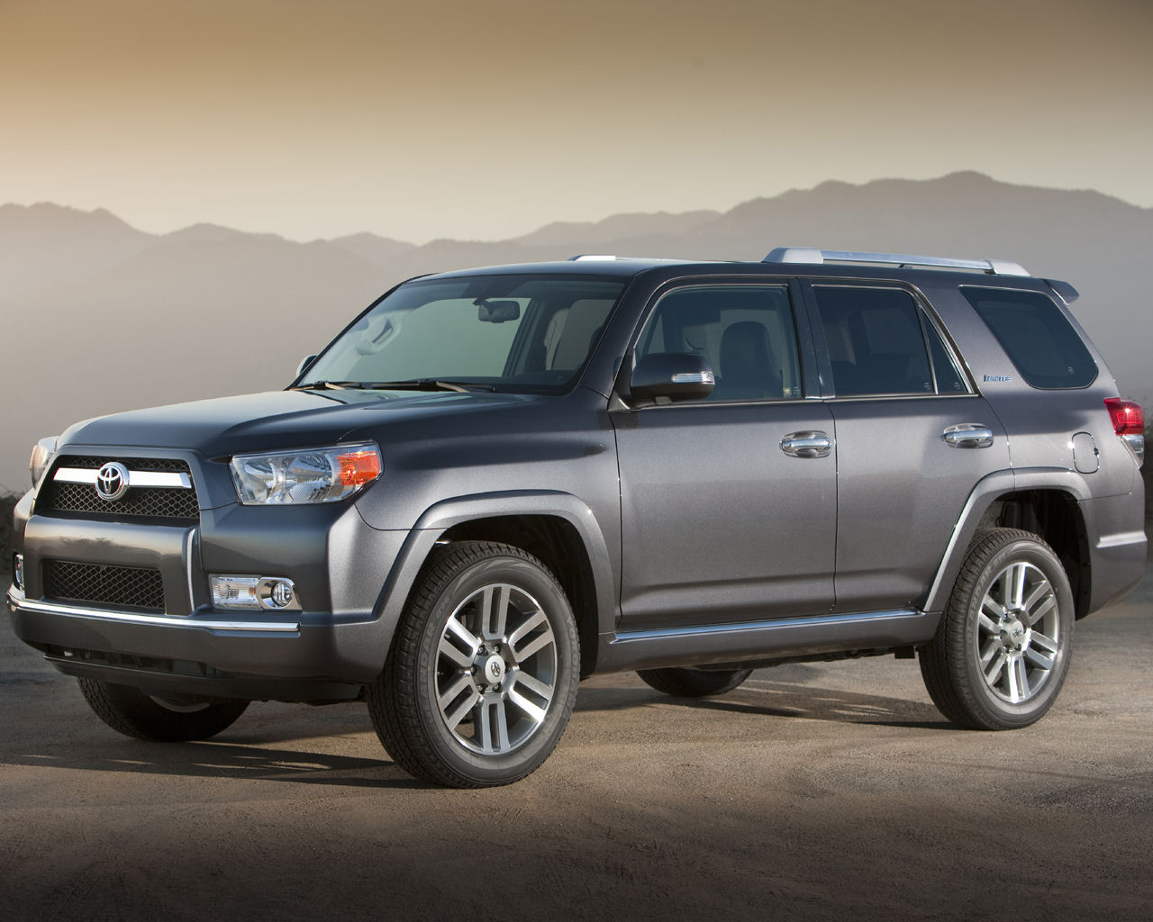 toyota 4runner sr5 sport limited v8 awd free 1280x1024 wallpaper desktop background picture. Black Bedroom Furniture Sets. Home Design Ideas