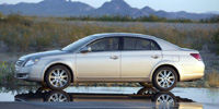 2009 Toyota Avalon Pictures