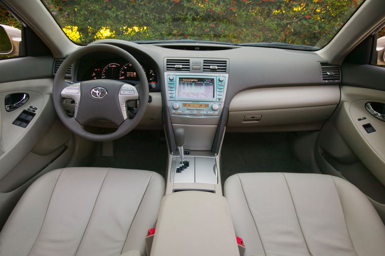 2009 toyota camry hybrid cockpit picture pic image. Black Bedroom Furniture Sets. Home Design Ideas
