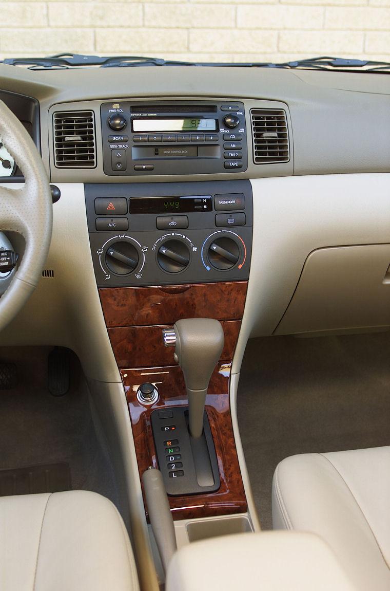 2004 Toyota Corolla Le Dashboard Picture Pic Image