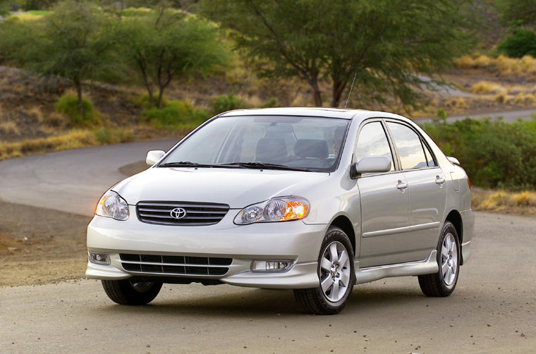 2004 Toyota Corolla S - Picture / Pic / Image
