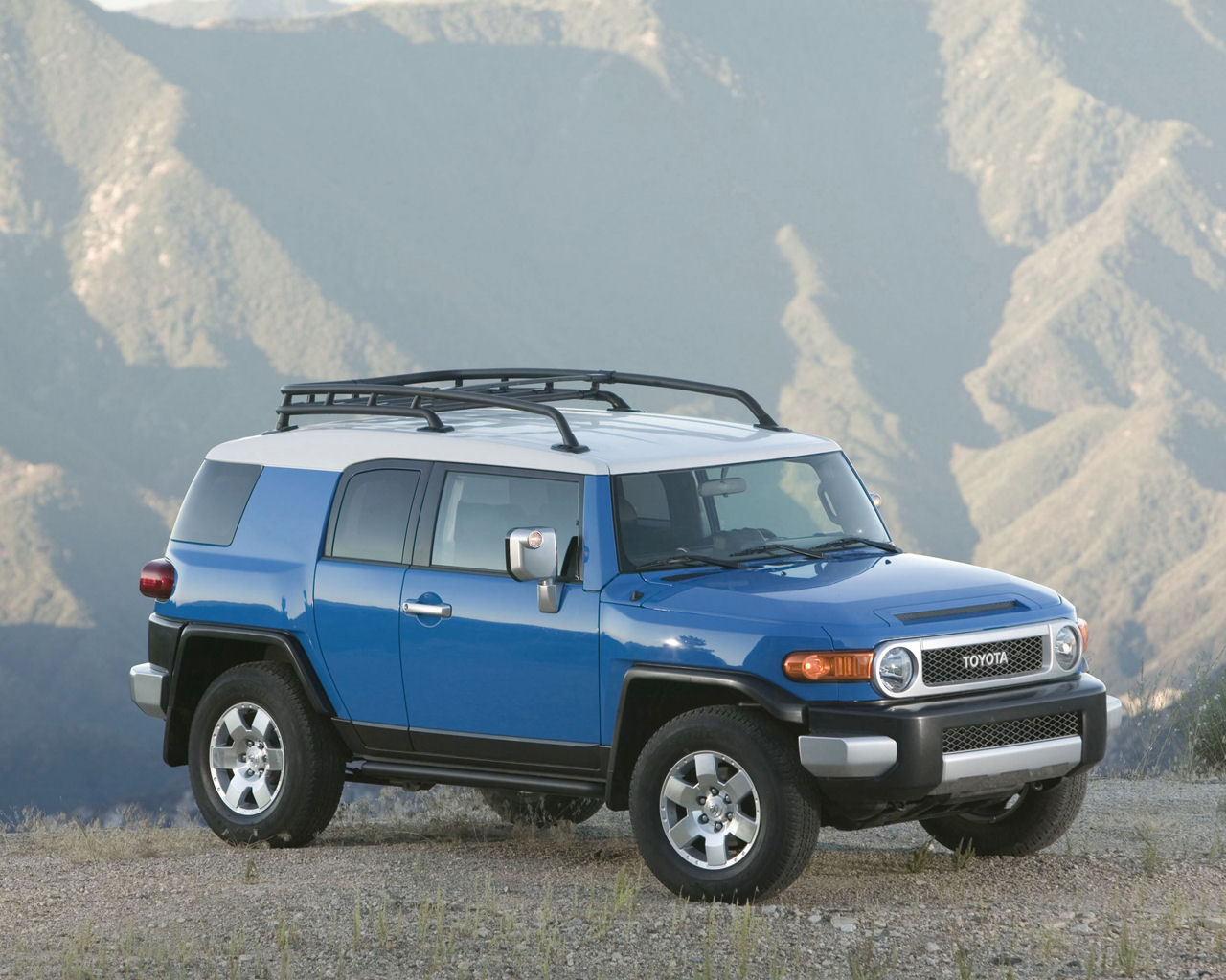 Toyota FJ Cruiser V6 AWD  Free 1280x1024 Wallpaper  Desktop