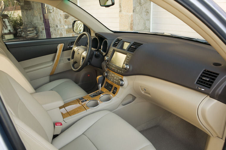 2008 Toyota Highlander Interior Picture