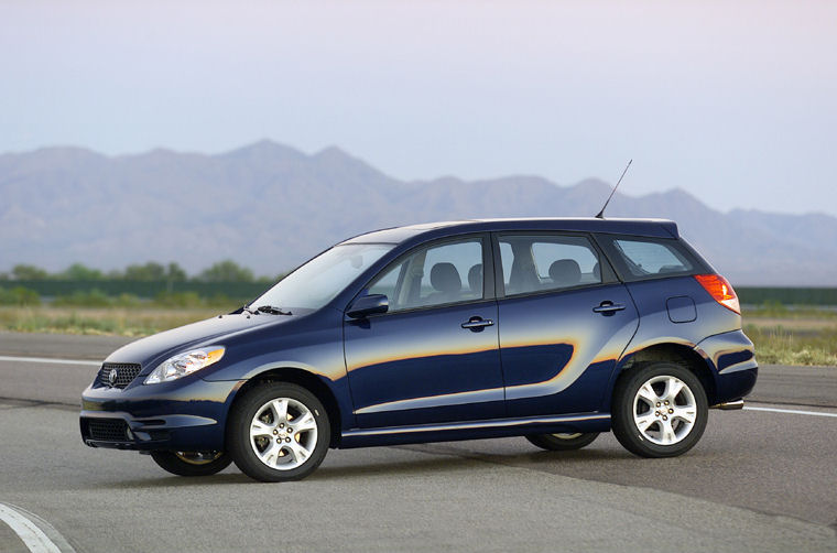 2003 Toyota Matrix XR AWD - Picture / Pic / Image